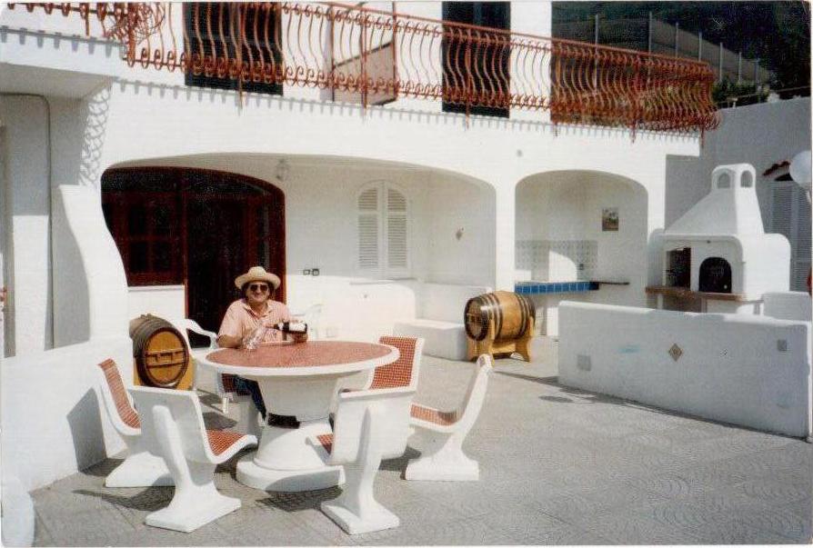 Villa a ischia napoli 110 mq con ampio giardino - Casa con giardino napoli ...