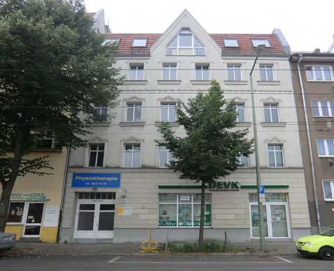 Edificio ristrutturato di 5 piani a langhansstrasse 110 for Edificio a 3 piani
