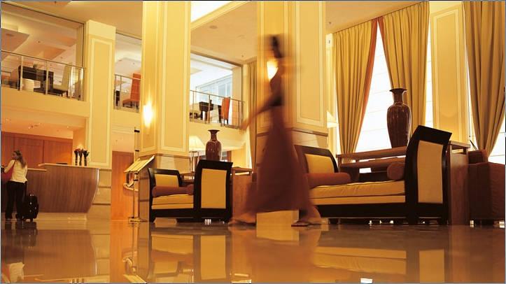 Vendesi mura e gestione hotel centro congressi 4 stelle for Amsterdam hotel centro 4 stelle
