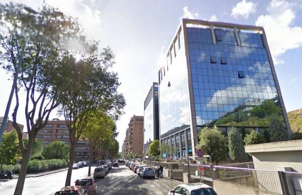 Locazione ufficio 750mq su due piani in viale citt d for Affitto ufficio viale europa roma
